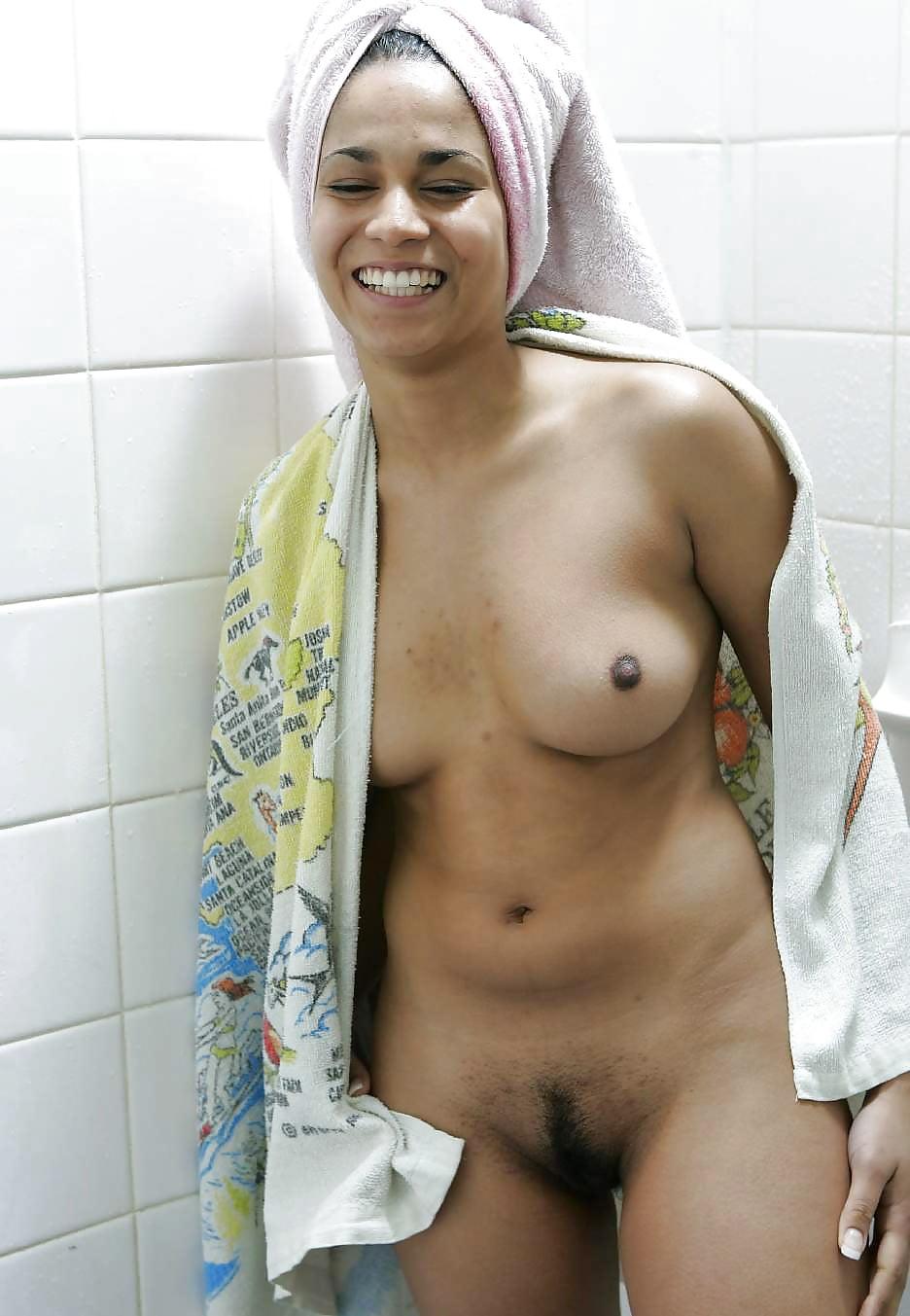 Arab girls naked bath — photo 6