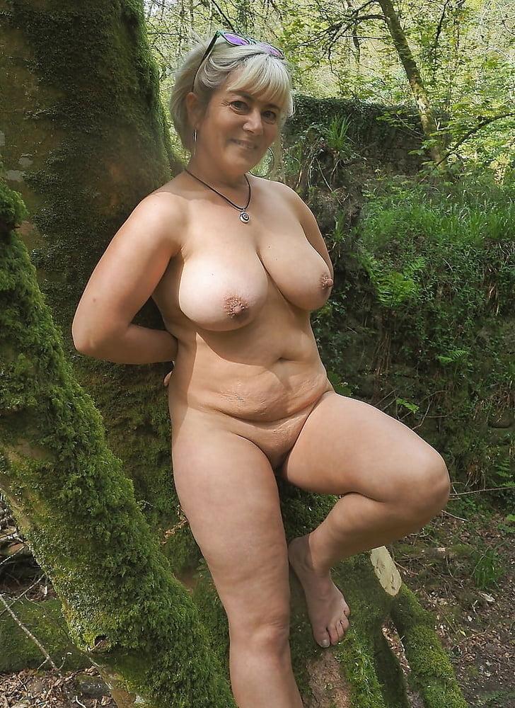 Waterpark boob slip