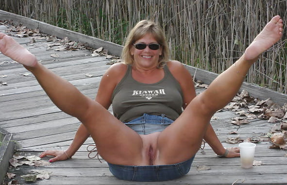 Naked mature gallery-3277