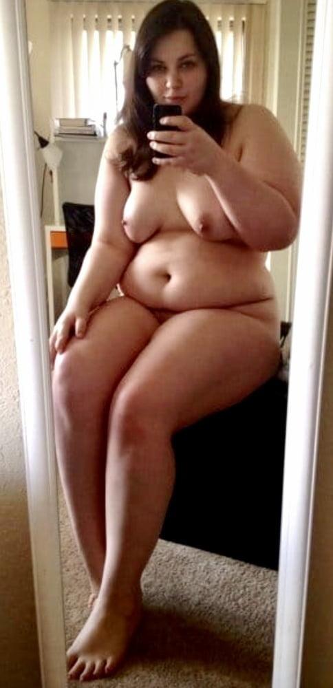 Selfie - Curvy and Chubby - 75 Pics