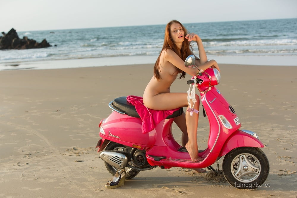public-scooter-nude-asian-girls-get