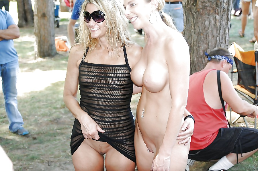 Naked mother daughter