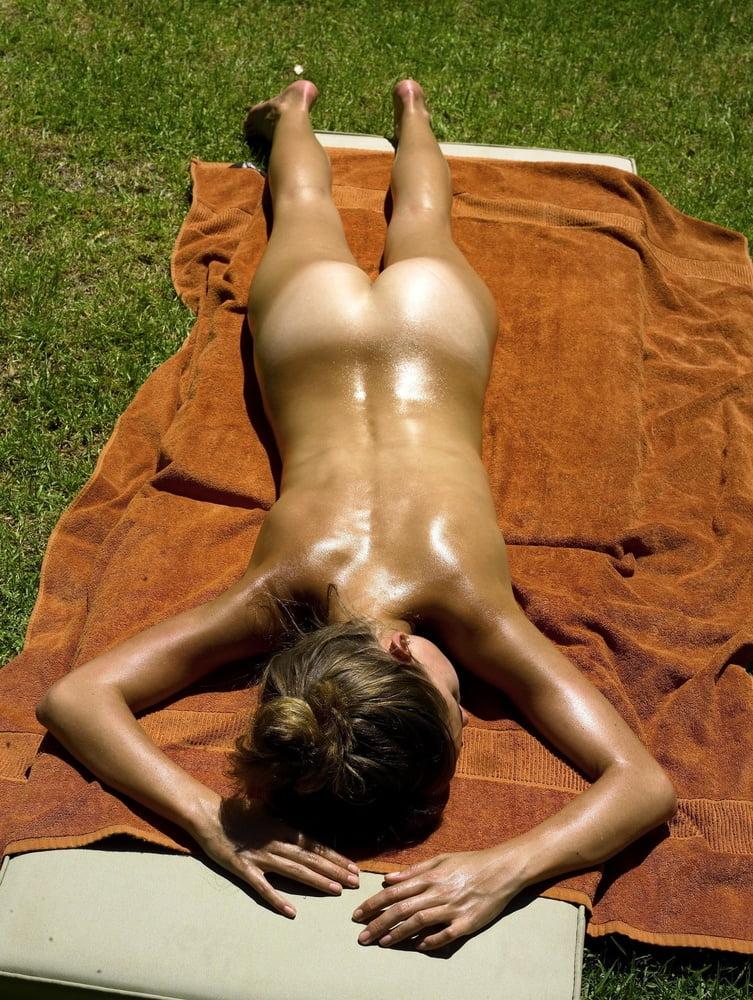 Nude Sunbathing Free Xxx Galeries