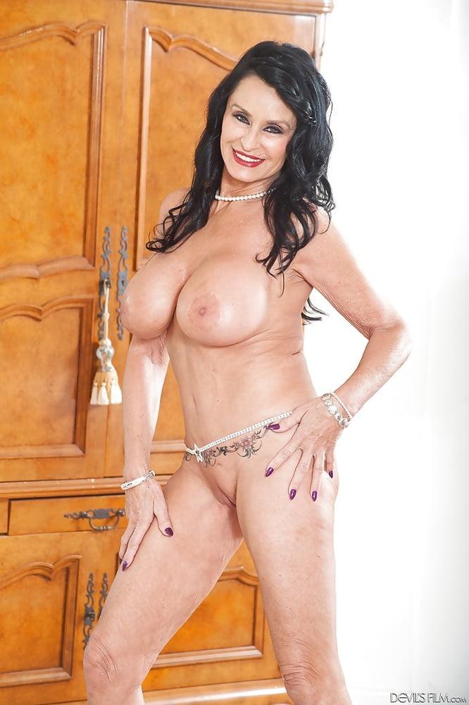 nude sauna gallery