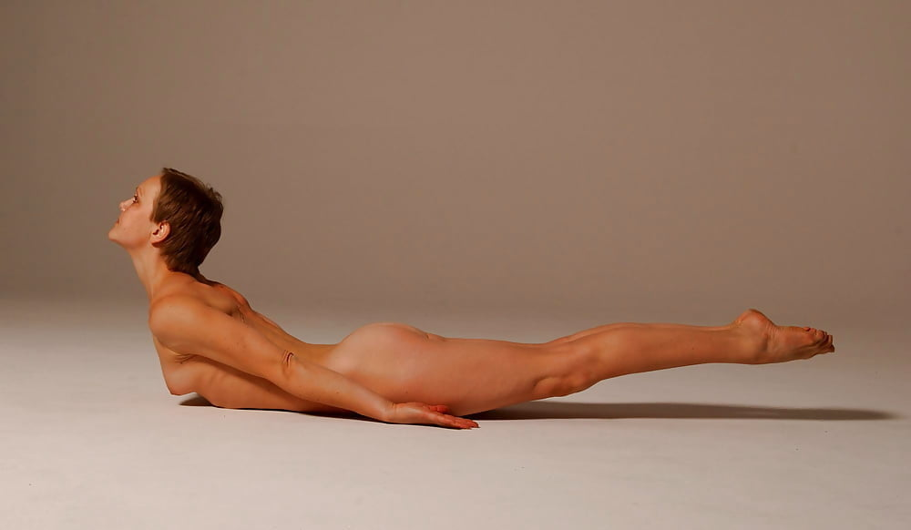 Girlfriend nude yoga #5