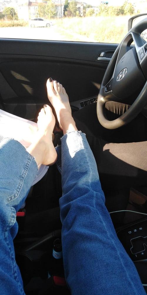 Lesbian feet fetish-4569