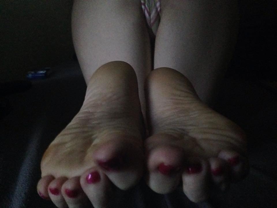 ugly-girl-sexy-feet