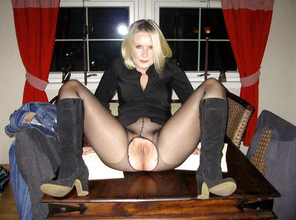 Teens stockings galleries upskirt 11
