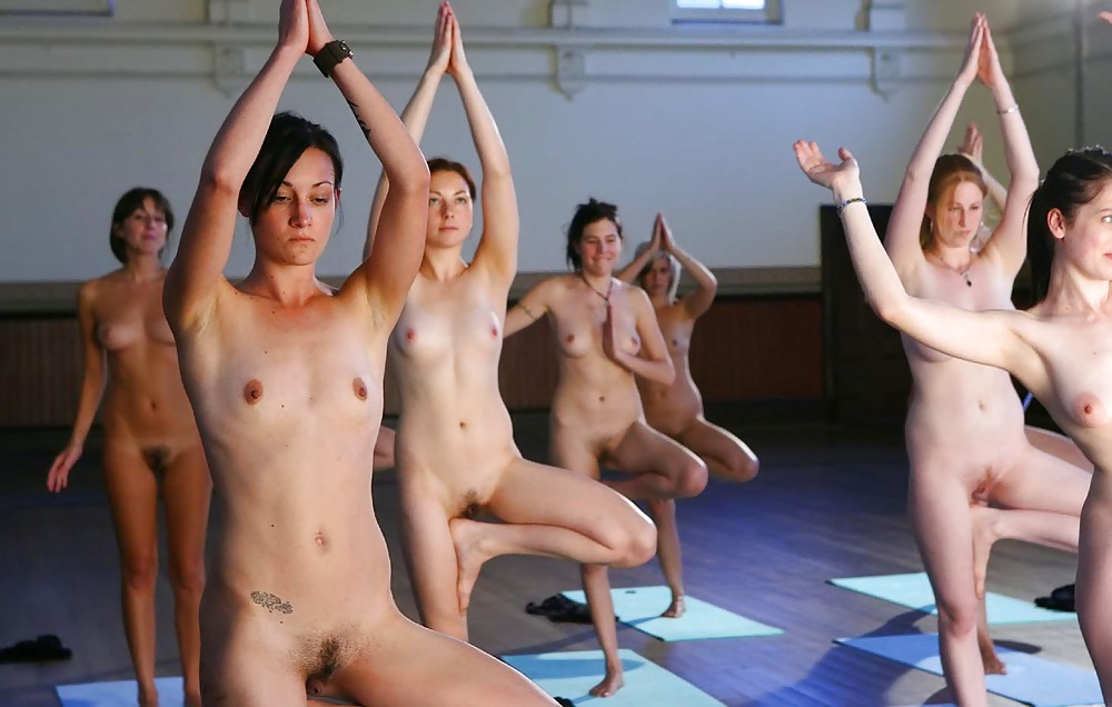 Girls exercising in the nude videos — photo 5