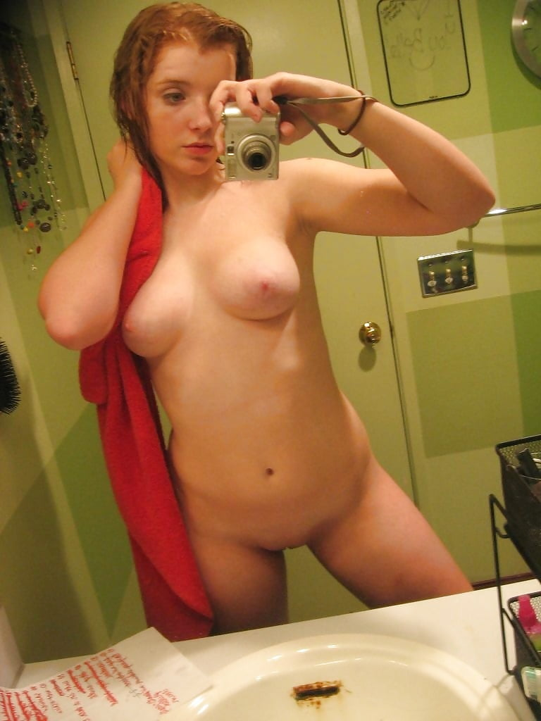 naked-red-girl-self