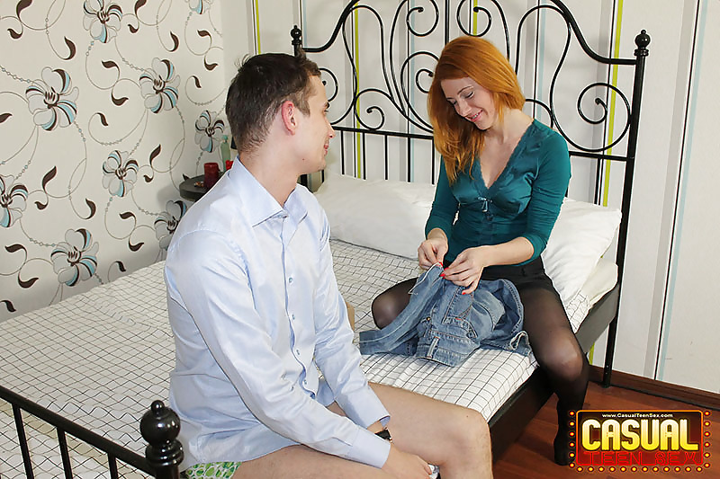 Porn Pics Casual Teen Sex - Sex with redhead hottie