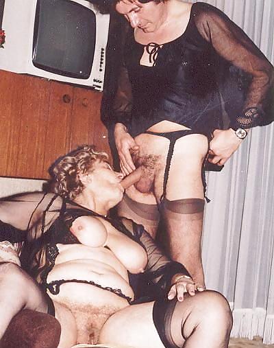 Hot older women having sex-7635