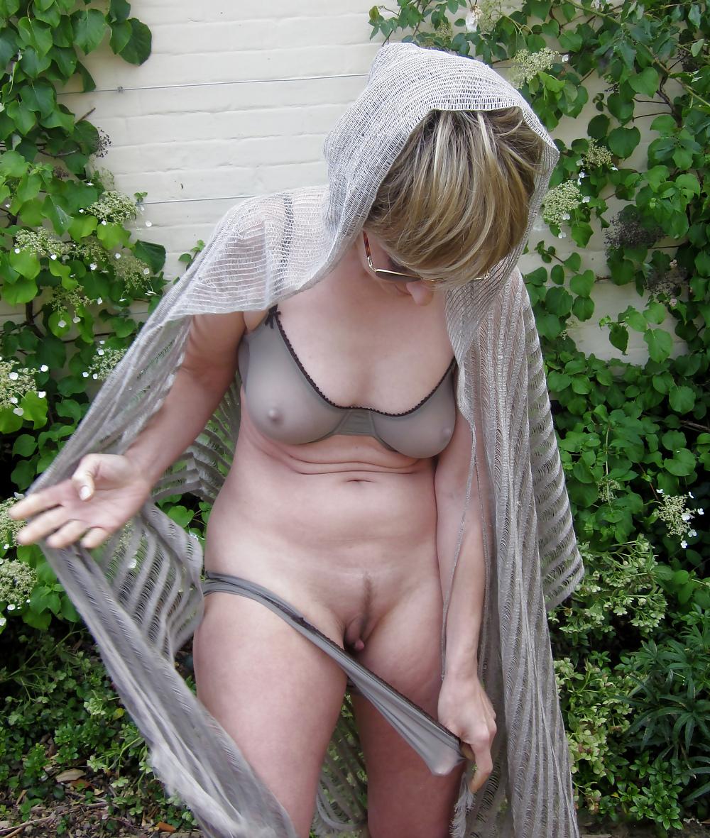 Sexy girl glory hole