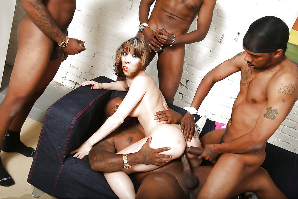 Showing xxx images for whiteghetto gangbang xxx