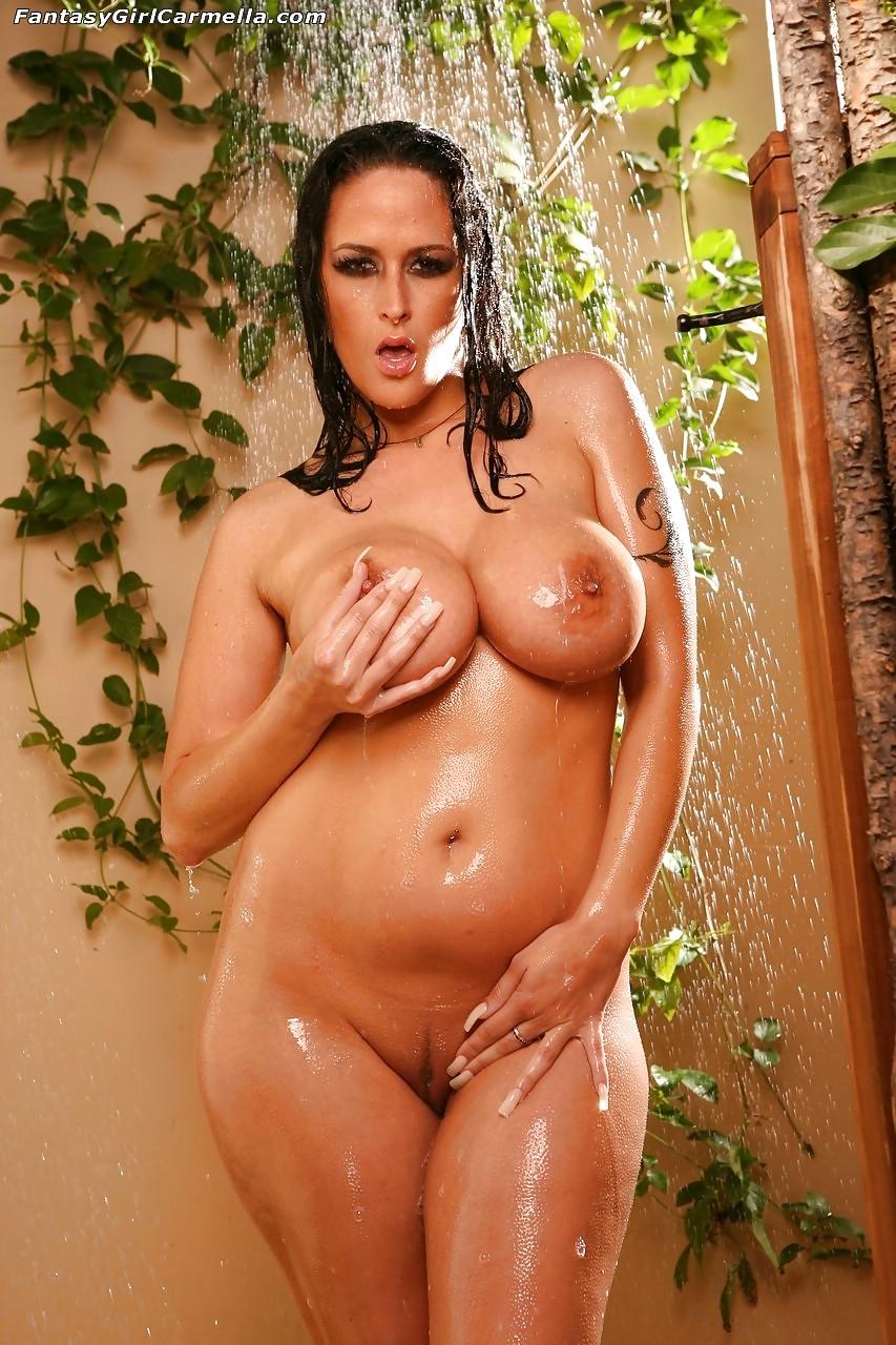 Carmella nude