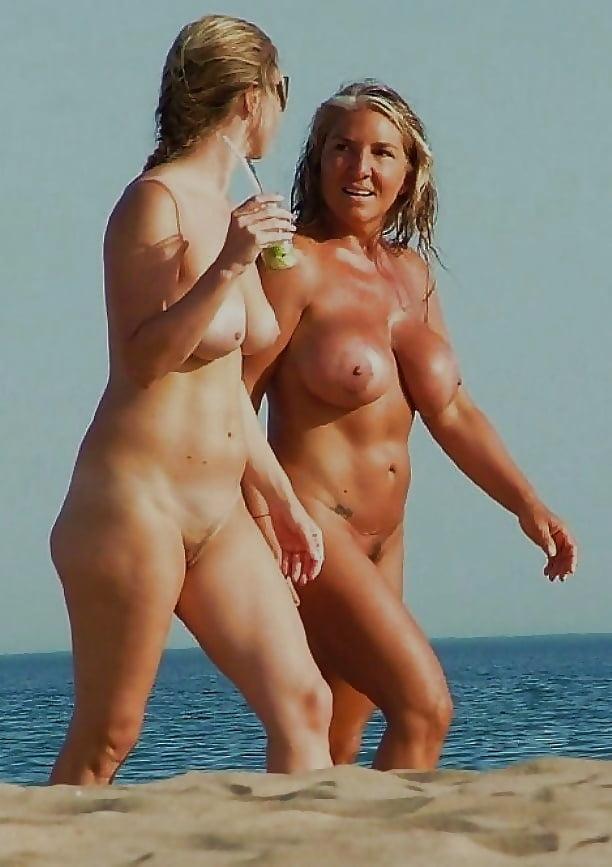 Mum and daughter's beach photo sparks shocking