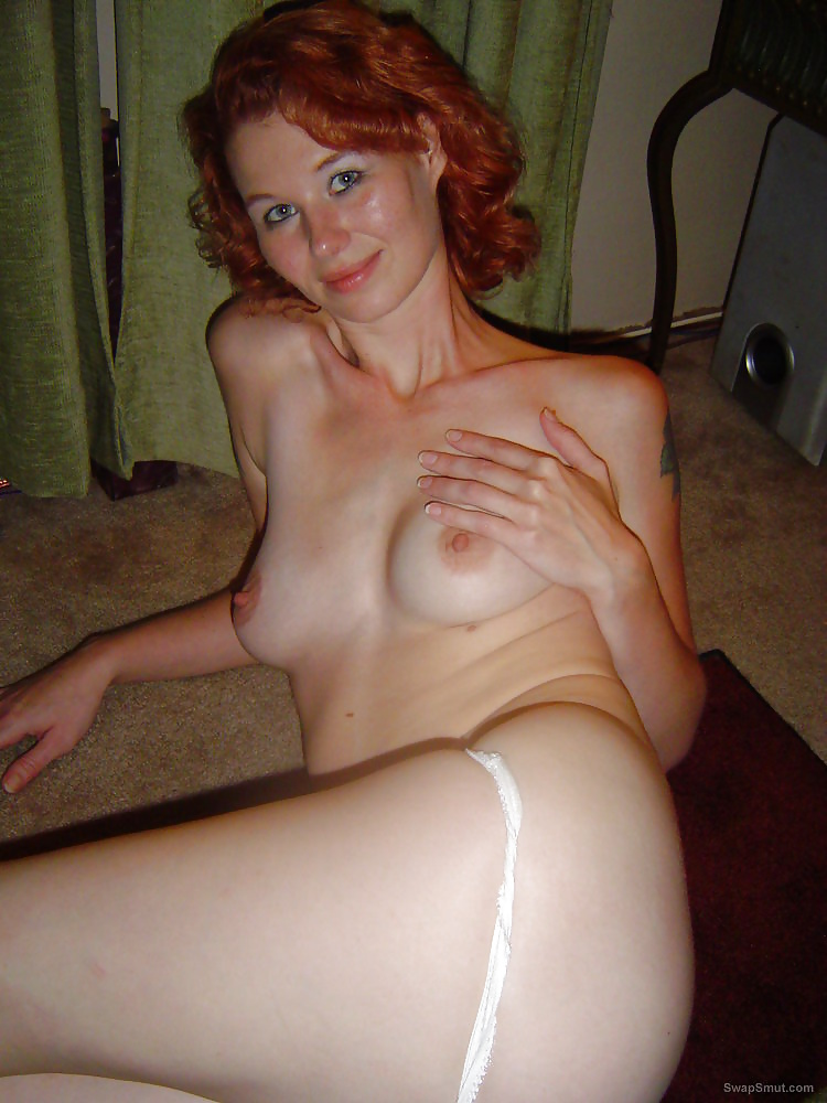 amateur-nude-redhead-wife