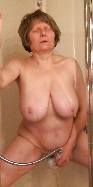 Granny masturbation close up tnaflix porn pics