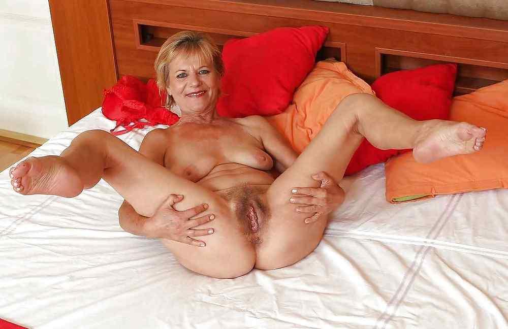 Порно ноги бабушки
