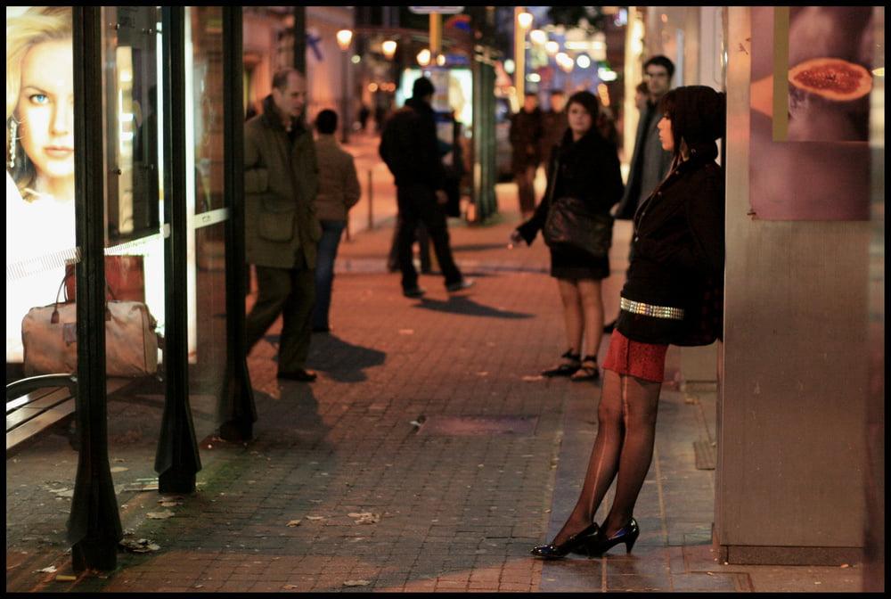 Виды проституток заказать проститутку в Тюмени ул Бориса Житкова