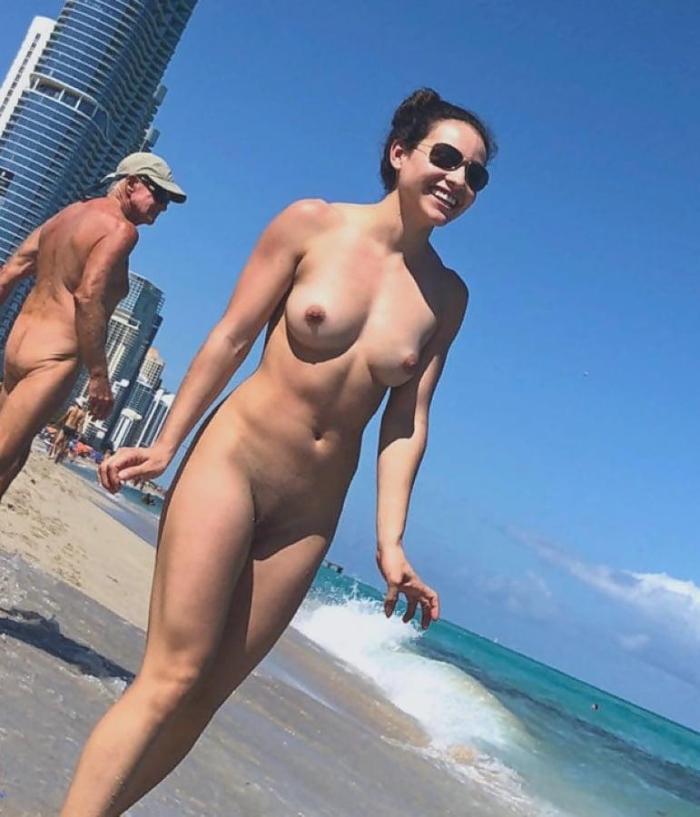 Swimwear Nude Springbreak Guys Pic