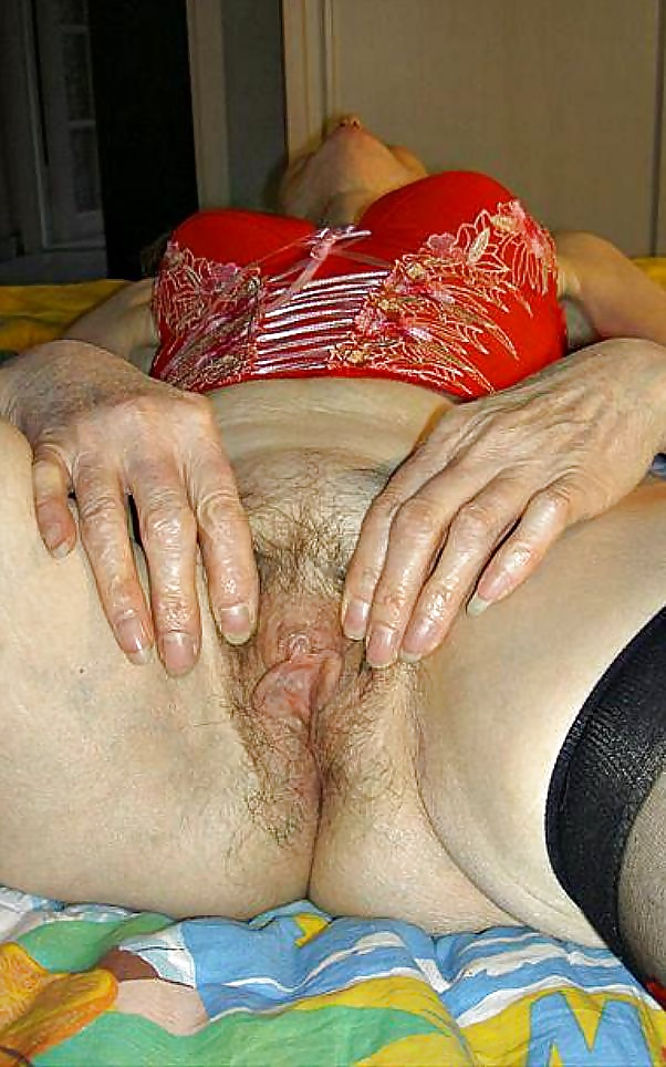 Granny Josee Real Slave