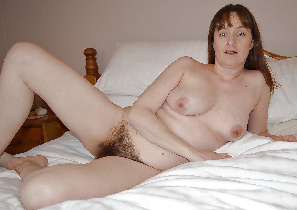 Hairy amateur girl present bush erotic pics