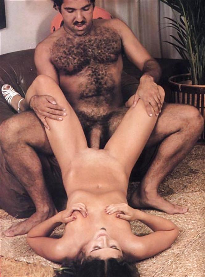 Jennifer White Gives Ron Jeremy A Nice Massage
