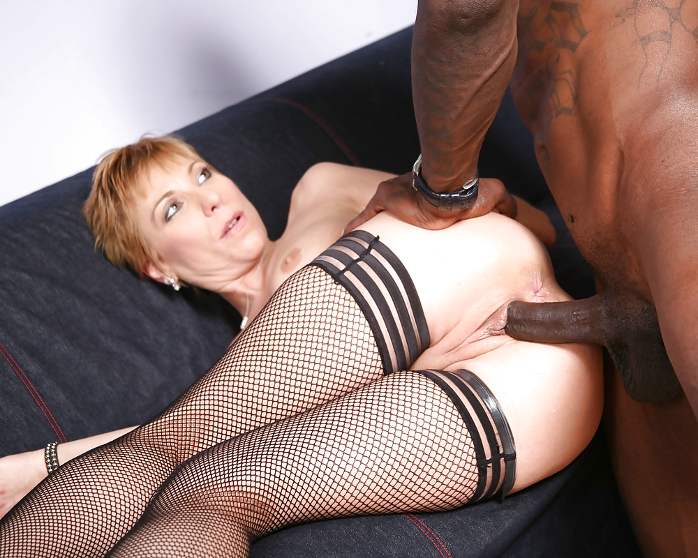 Big Black Cock Stretches Mature Pussies Free Xxx Galeries