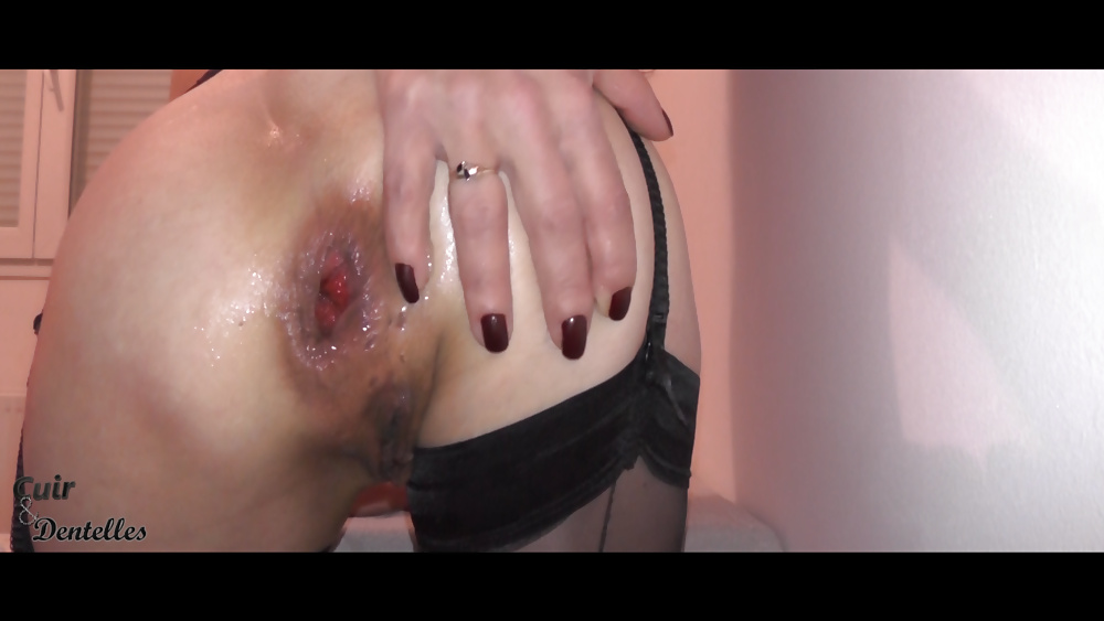 Porn Pics A short anal training (from my first video)