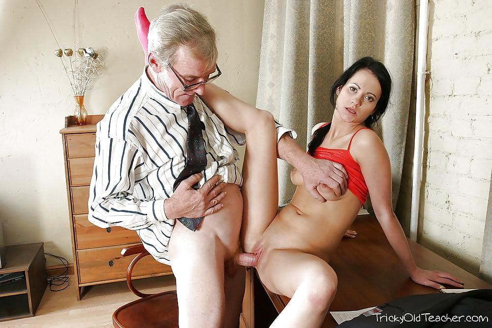 Grandpa naked sex with school girl images 14