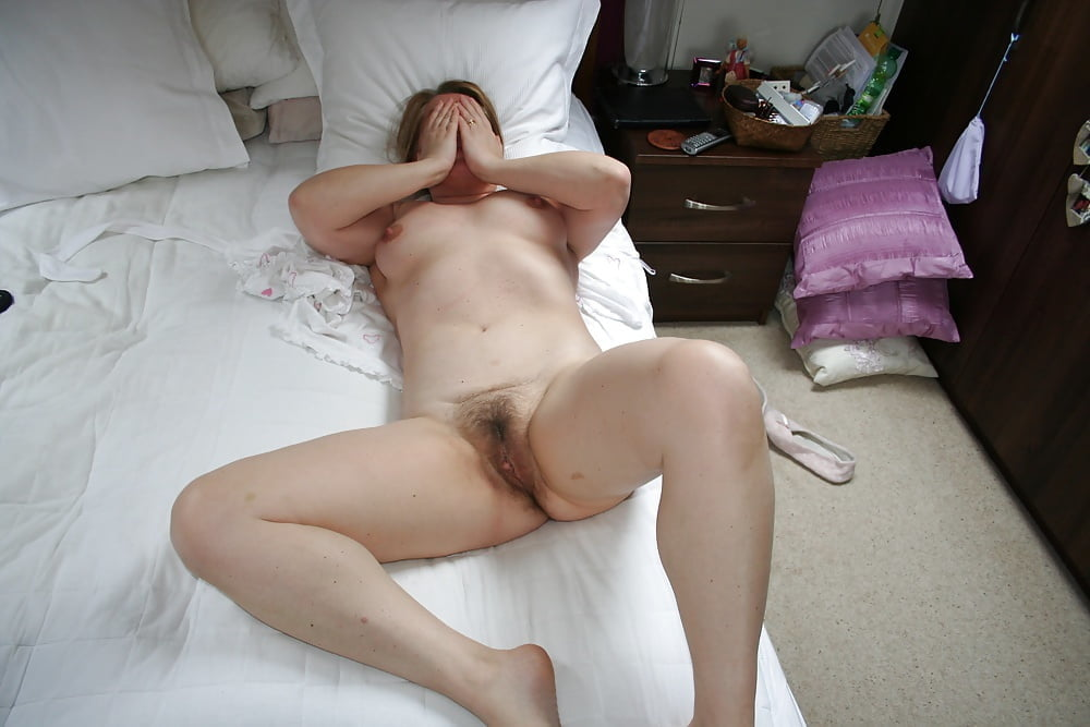 amateur candid nude there