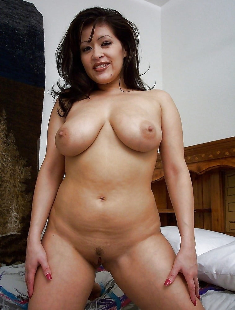 Hot Mexican Chicks
