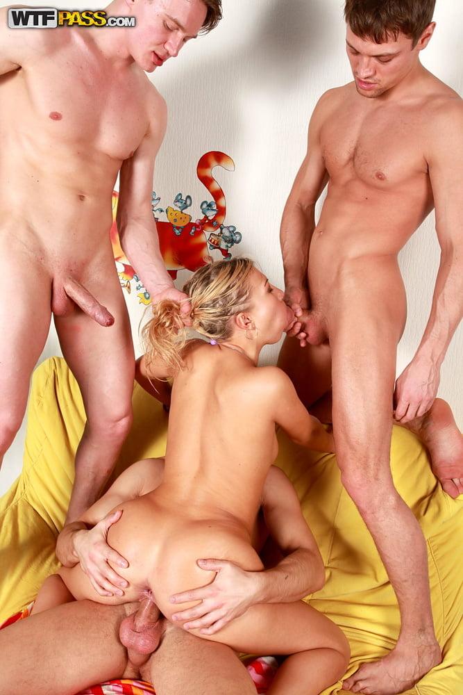 Blonde babe gangbang - 159 Pics