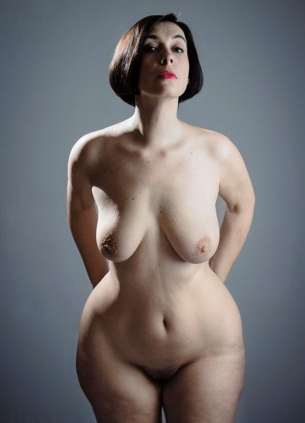 ochko-porno-zhenstvennih-figur-yaponskie-tv-shou