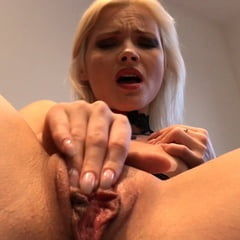 Zazie Skymm Sexy Blonde Closeup Pussy Masturbation