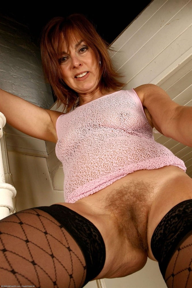 sexie-ladies-mature-dreams-pics-pissing