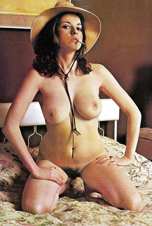 Smoking Babes - Retro Raunch - 22 Pics  Xhamster-6342