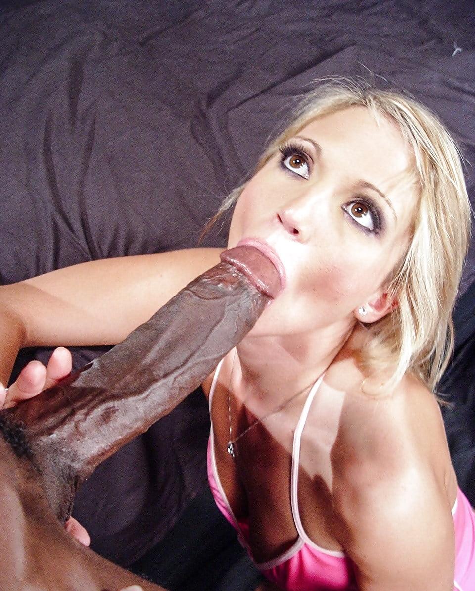 Brooke Banner Sucks And Fuck A Big Cock Outdoors