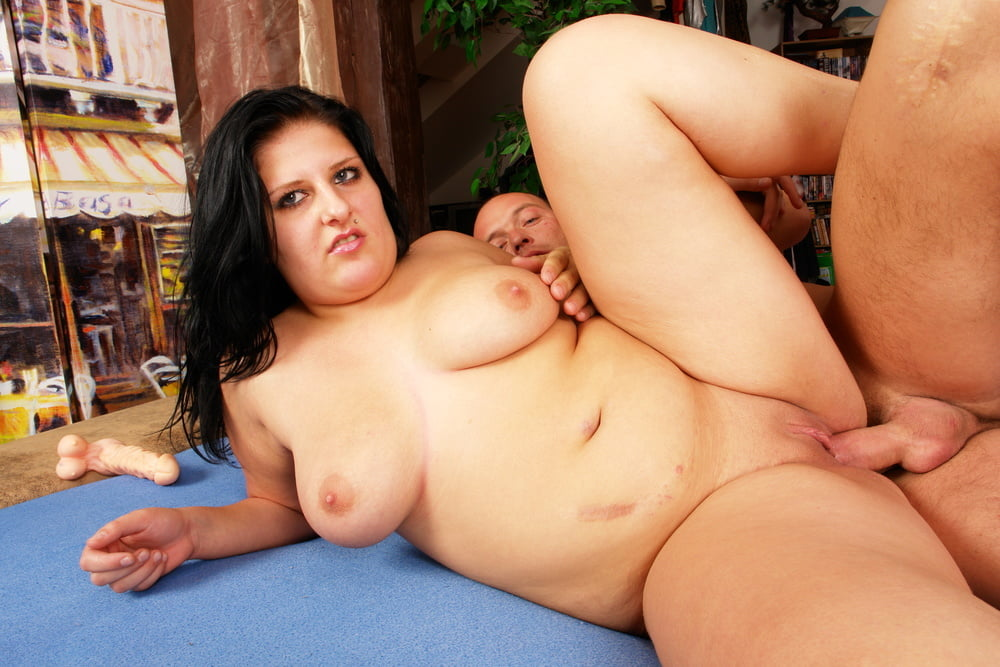 Chubby Curvy Teen with Floppy Tits Fuck Rough by Small Guy - 39 Pics