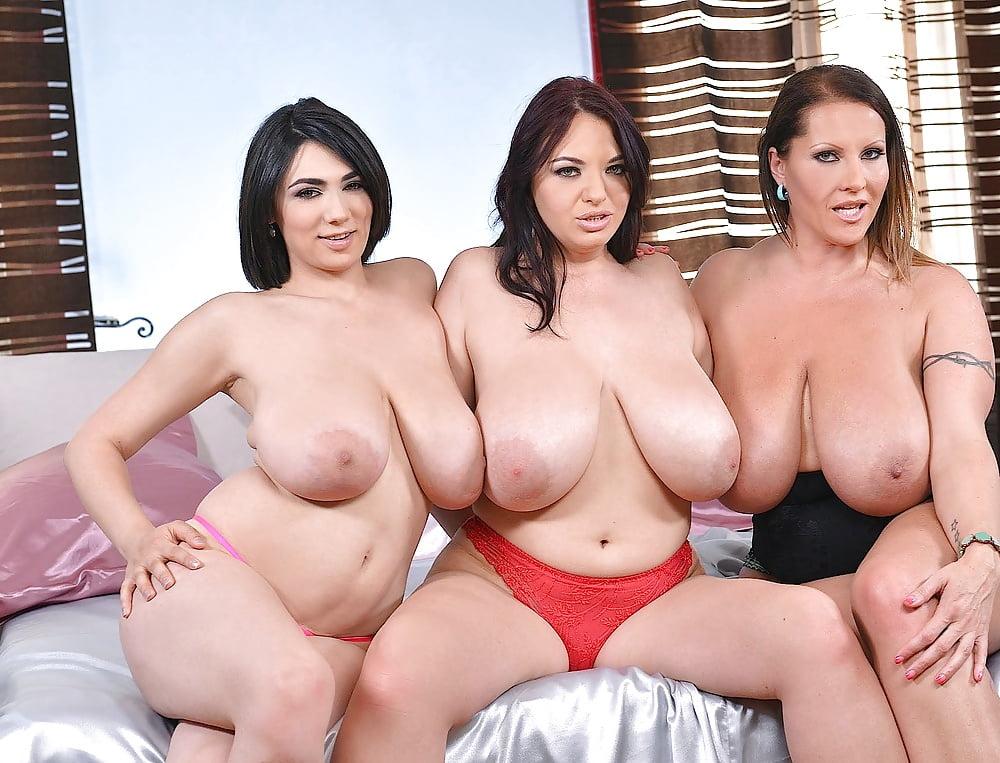 Macromastia Breasts Delights
