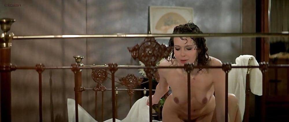 Секс сцены из эммануэль