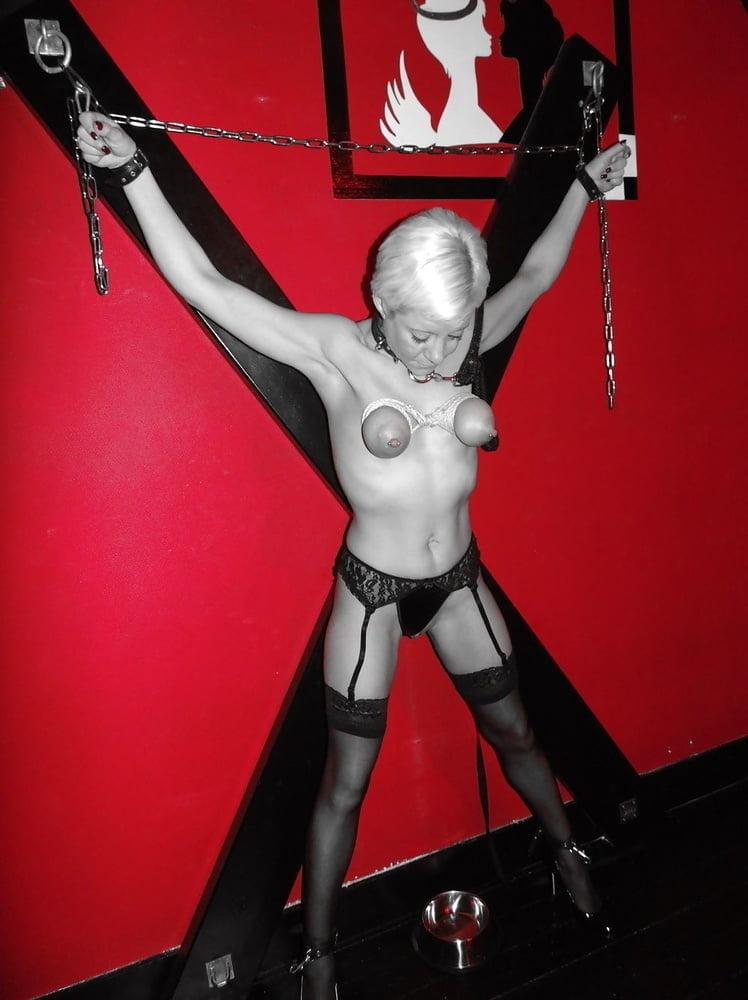 Amateur Women BDSM 328 - 14 Pics