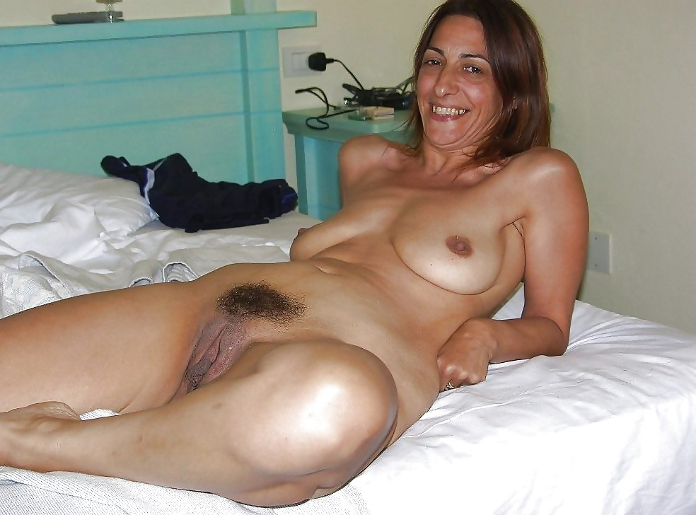 Milf anal solo