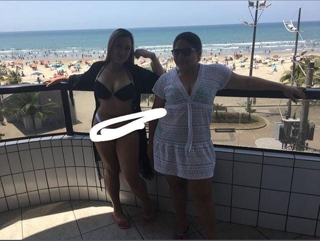 hot women masturbating videos there