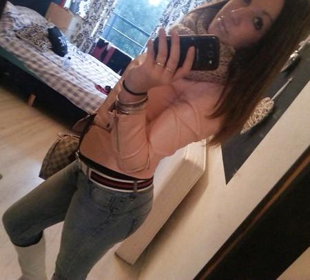 Young Dutch facebook slut
