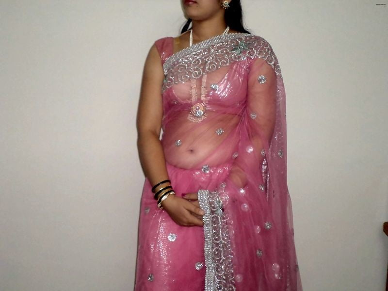 Cute indian desi girl in pink saree sucking and fucking porn galery photo