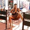 Restaurant flashing pictures