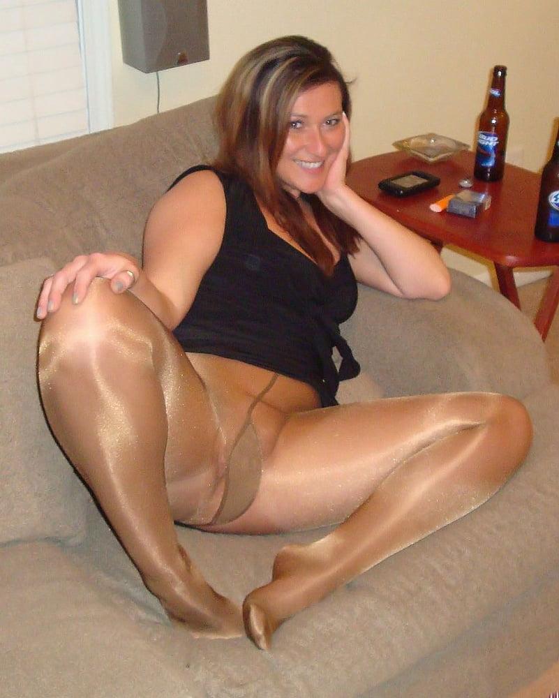 Glossy pantyhose mature — photo 8