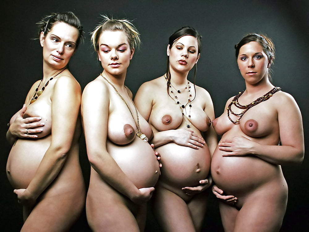 Naked pregnant woman 9